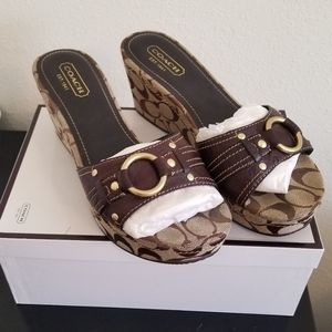 *NEW IN BOX* Janeesa style Coach wedged heels